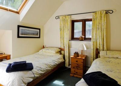 Bride Cottage twin bedroom